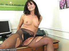British, Mature, MILF, Pantyhose, Stockings