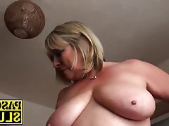 Masturbation, Mature, MILF, Shaved, Rubbing